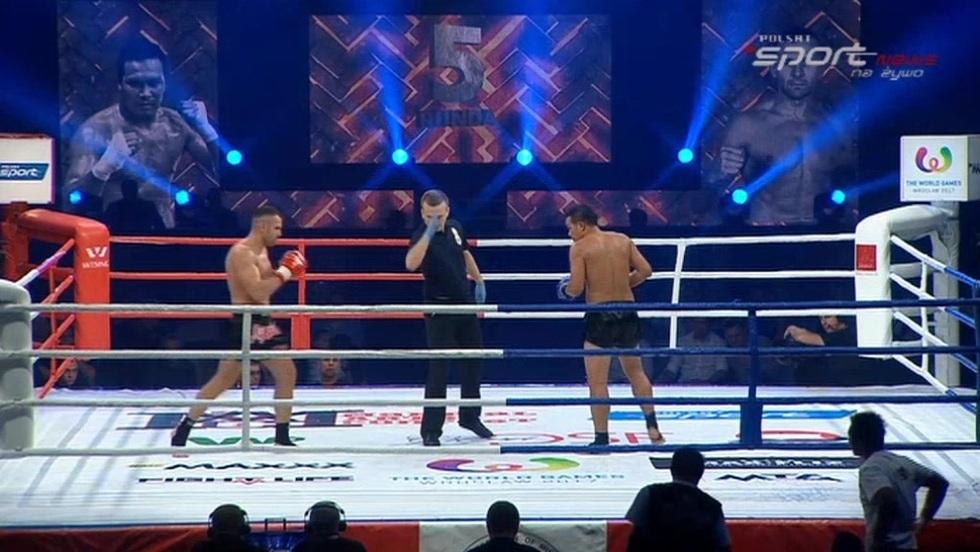 Thanelek Chompon - Paweł Jędrzejczyk